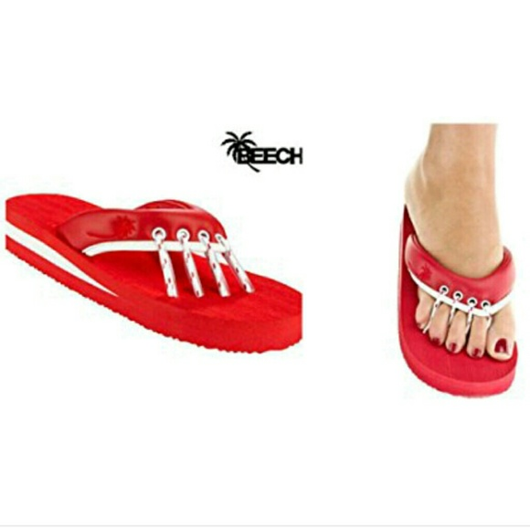 9160d3853c08 Beech Shoes - NWT - Beech Red Yoga   Pedicure Sandals - Size S